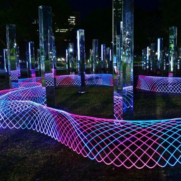 Восхитительные арт-инсталляции, которые стоило увидеть в этом году (24 фото)