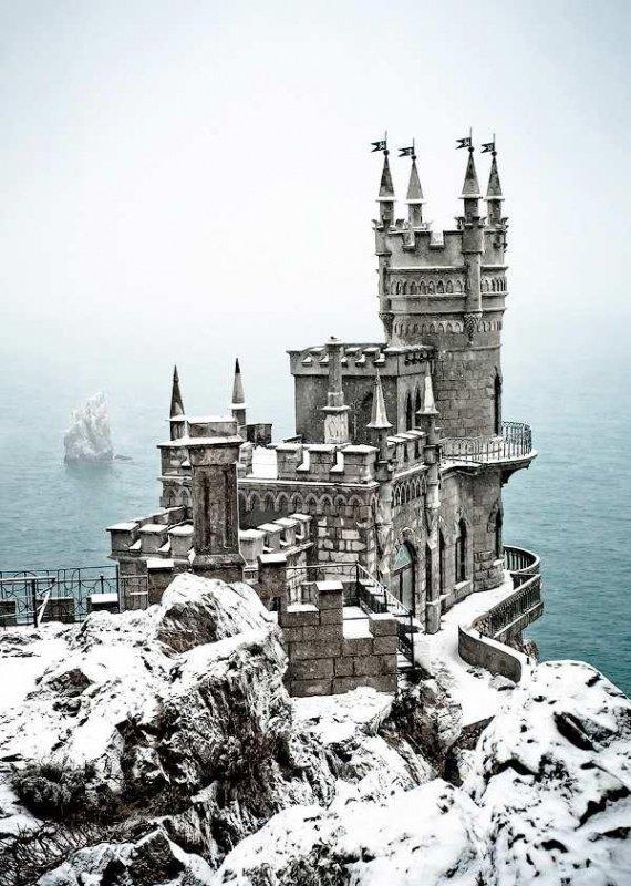 Сказочные зимние дворцы (16 фото)