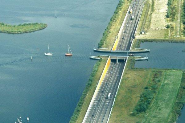 Акведук Veluwemeer в Голландии (12 фото)