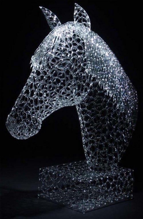 Потрясающие стеклянные скульптуры Роберта Микелсена (10 фото)