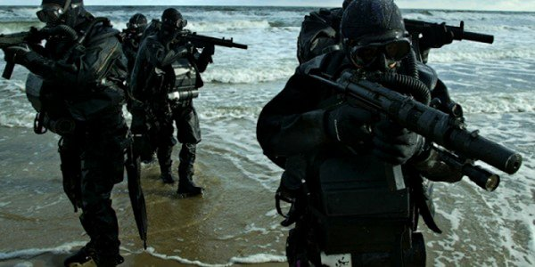 Спецназовцы разных стран (21 фото)