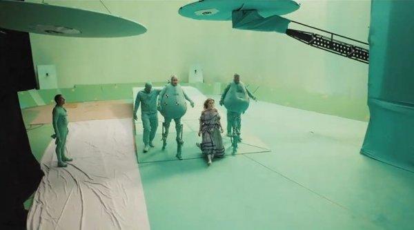 Как создаются спецэффекты к фильмам (22 фото)