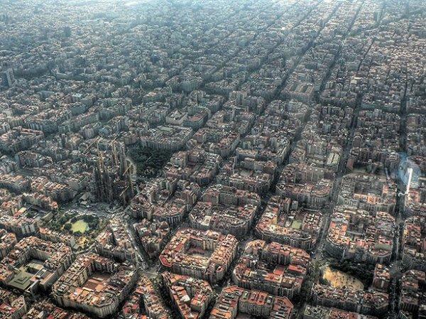 Всемирные достопримечательности с иного ракурса (32 фото)