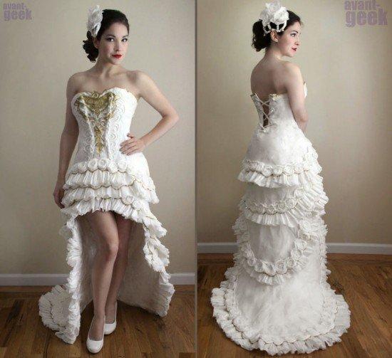 Великолепное платье, почти полностью выполненное из туалетной бумаги (4 фото)