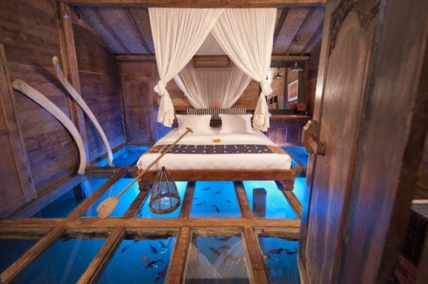 Спальня над подводным миром (13 фото)
