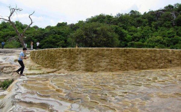 Каменный водопад Иерве-эль-Агуа (12 фото)