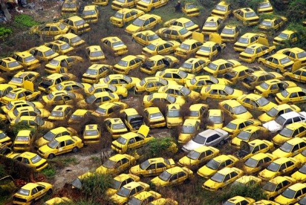 Крупнейшие мусорные свалки в мире (8 фото)