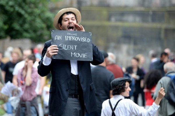 Международный фестиваль театрального искусства Edinburgh Festival Fringe (10 фото)