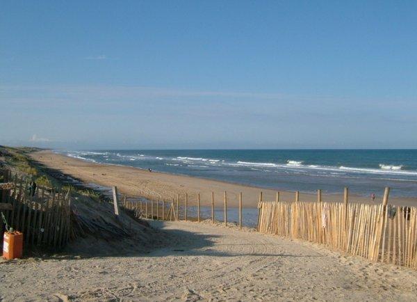 Топ-10 самых популярных топлес-пляжей в мире