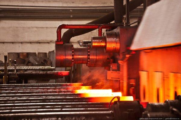 Как это делается: Производство труб на Павлодарском трубопрокатном заводе (18 фото)