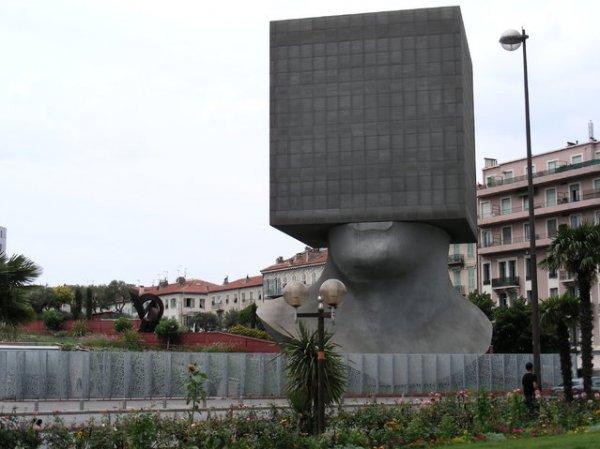 Библиотека Саши Сосно во Франции (17 фото)