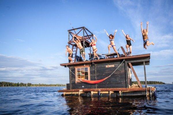 Плавающая сауна Saunalautta (10 фото)