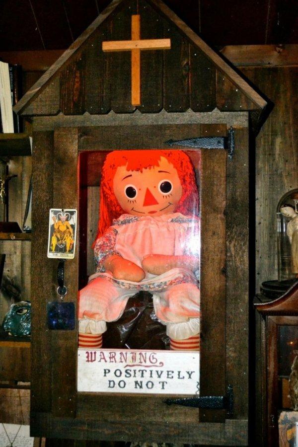Топ-10 самых загадочных мест, где обитают привидения