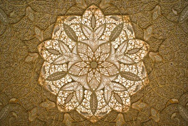 Чудеса исламской архитектуры: завораживающие потолки мечетей со всего мира (58 фото)