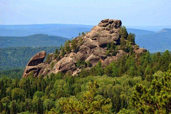 Каменные столбы красноярского заповедника «Столбы» (11 фото)