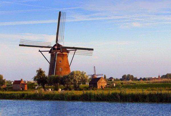 Ветряные мельницы Киндердейка (6 фото)