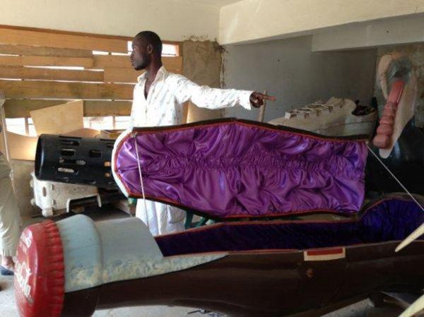 Фигурные саркофаги племён Ганы (27 фото)