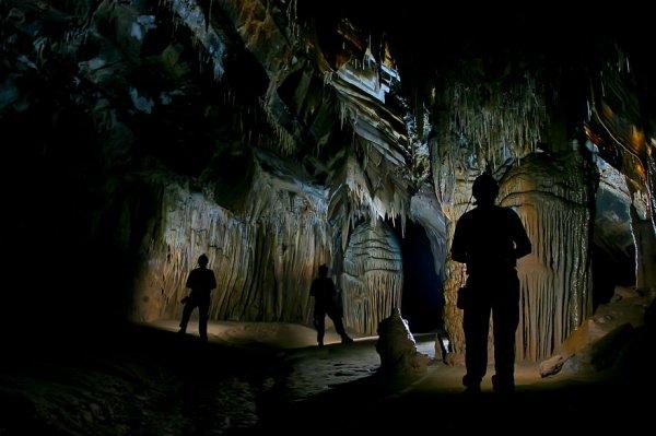 Прекраснейшие пещеры со всего света (25 фото)