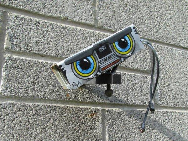 Стрит-арт британского художника JPS (22 фото)
