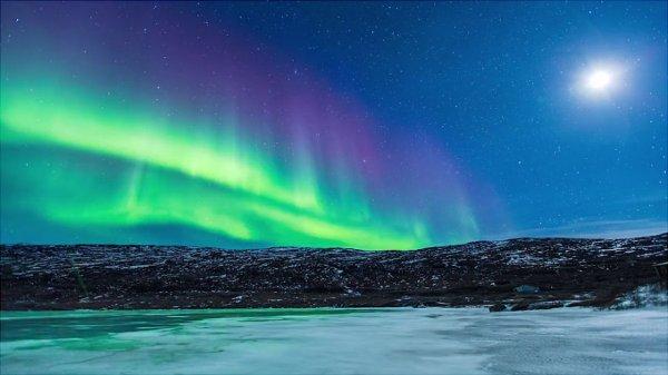 Потрясающее северное сияние над Гренландией и Исландией (12 фото + видео)