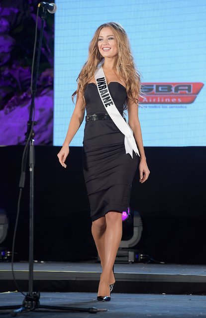 Участницы готовятся к конкурсу красоты «Мисс Вселенная» (68 фото)