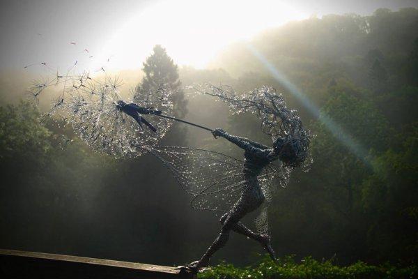 Впечатляющие скульптуры из проволоки (31 фото)