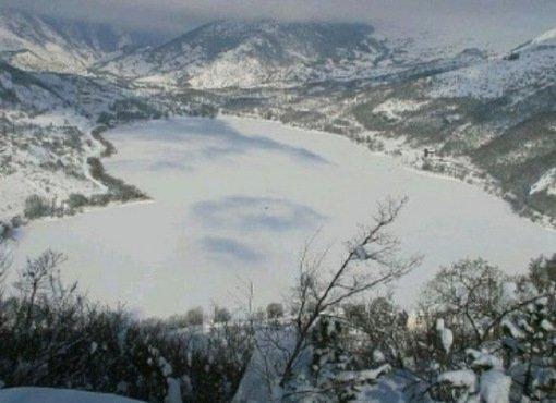 Топ-10: Удивительные озера в форме сердца