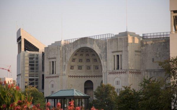 Топ-10: Крупнейшие стадионы в мире
