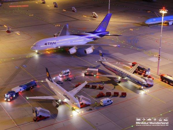 Крупнейшая в мире модель аэропорта находится в Гамбурге (20 фото + видео)