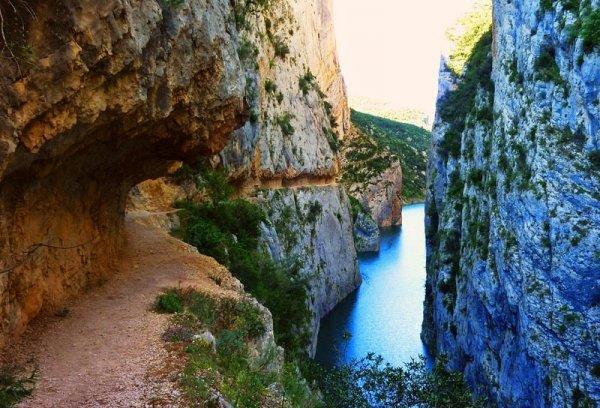 Ущелье Монт Ребей (16 фото)