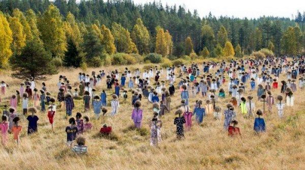Молчаливые люди финского художника Рейо Келы (8 фото)