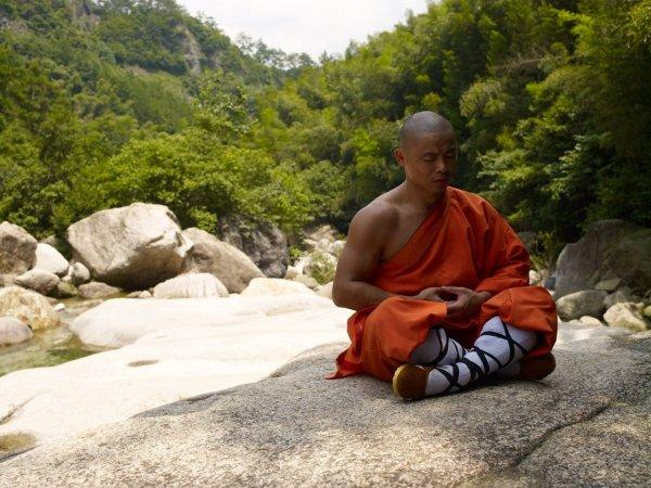 Советы, как остаться молодым телом и душой, от шаолиньского монаха Шифу Ян Лея