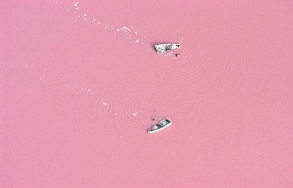 Невероятные места, которые выглядят будто с другой планеты (25 фото)