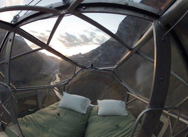 Natura Vive Skylodge — гостиница для экстремалов (9 фото)