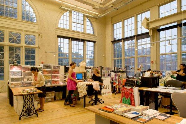Необычные офисы компаний (41 фото)