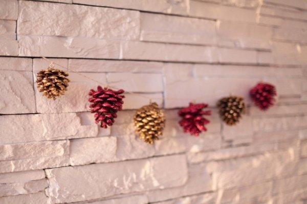 Новогодние гирлянды, которые можно сделать своими руками (24 фото)