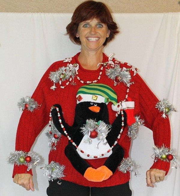 Самые нелепые свитеры на Рождество (18 фото)