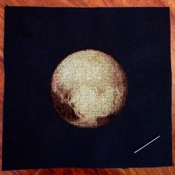 Вышитые планеты Солнечной системы (7 фото)