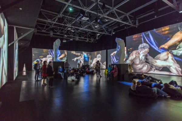 В Москве действует интермедийная выставка «Микеланджело. Создание мира»