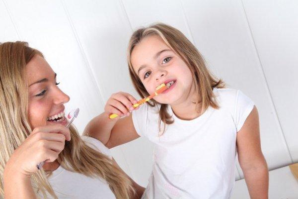 Новая зубная паста будет бороться с кариесом в то время, пока вы спите