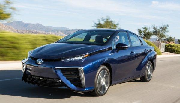 Toyota приступает к выпуску водородных машин