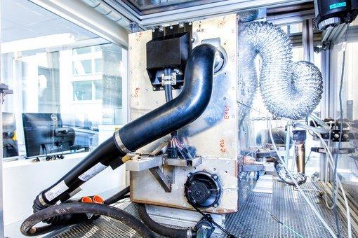 Nissan занимается разработкой автомобиля, работающего на водке