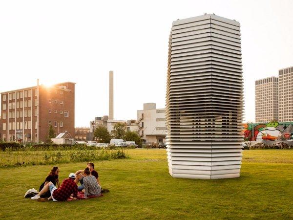 Нидерландский дизайнер создал башни для очистки воздуха