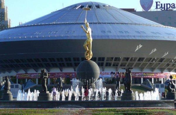 В Москве цирковые гимнасты из Северной Кореи продемонстрировали уникальный номер