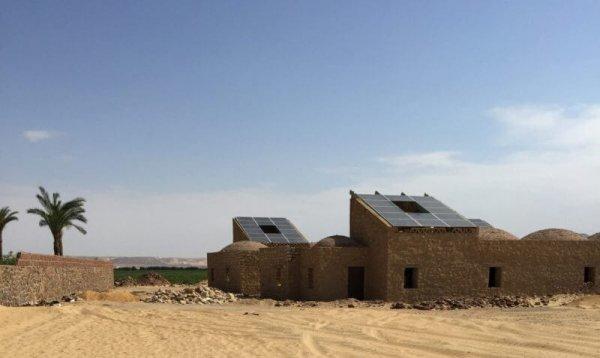 На территории Египта возвели необычное поселение