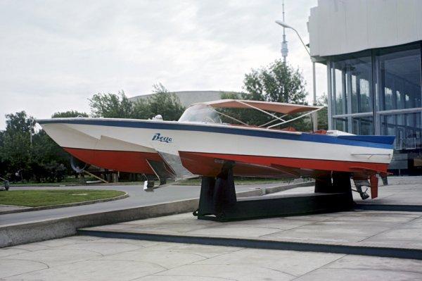 В Самаре занимаются восстановлением лодки из фильма «Бриллиантовая рука»