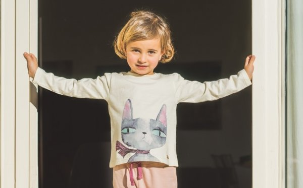 Известный бренд из Италии создал одежду для детишек с грустнымикотиками