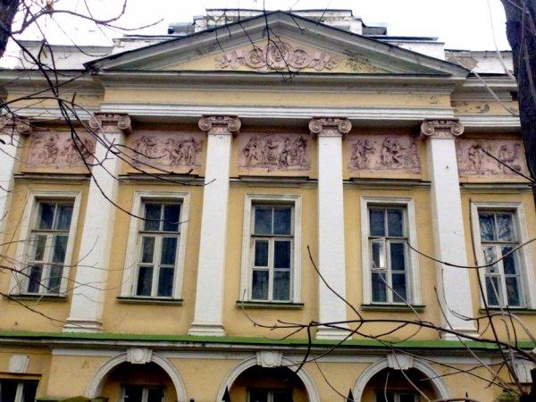 Дом Тургеневых превратится в Музейный комплекс военной одежды