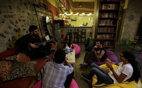 В Египте появился книжный магазин с «помещением крика»