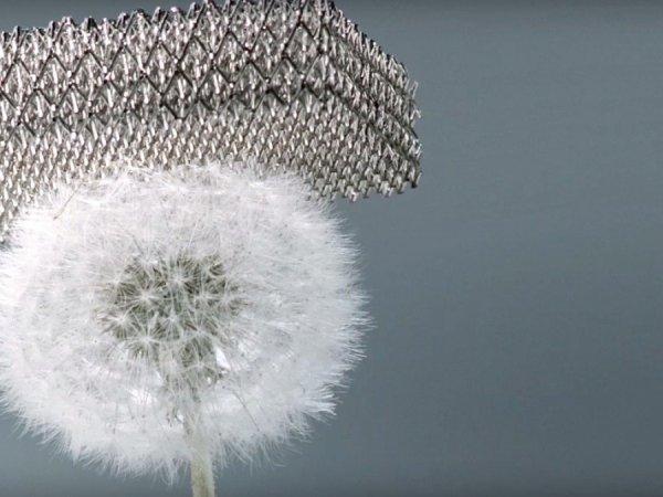 Металл, созданный Boeing, назвали самым лёгким в мире